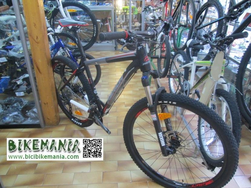 bicicleta aluminio, talla 18,5, 10v, cambio Shimano SLX, horquilla Rock Shox xc30, frenos Shimano,